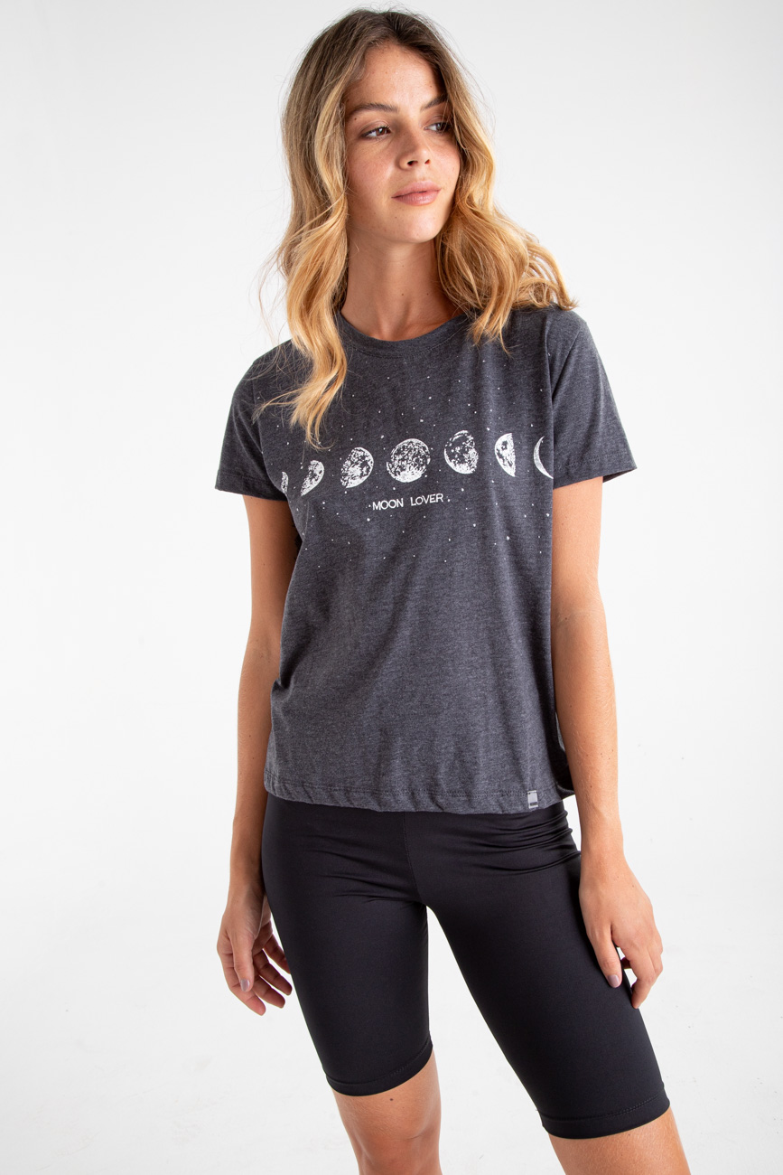 Remera MOON LOVER