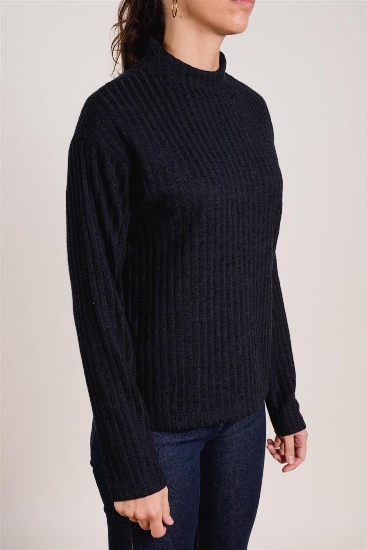 Sweater AEMON